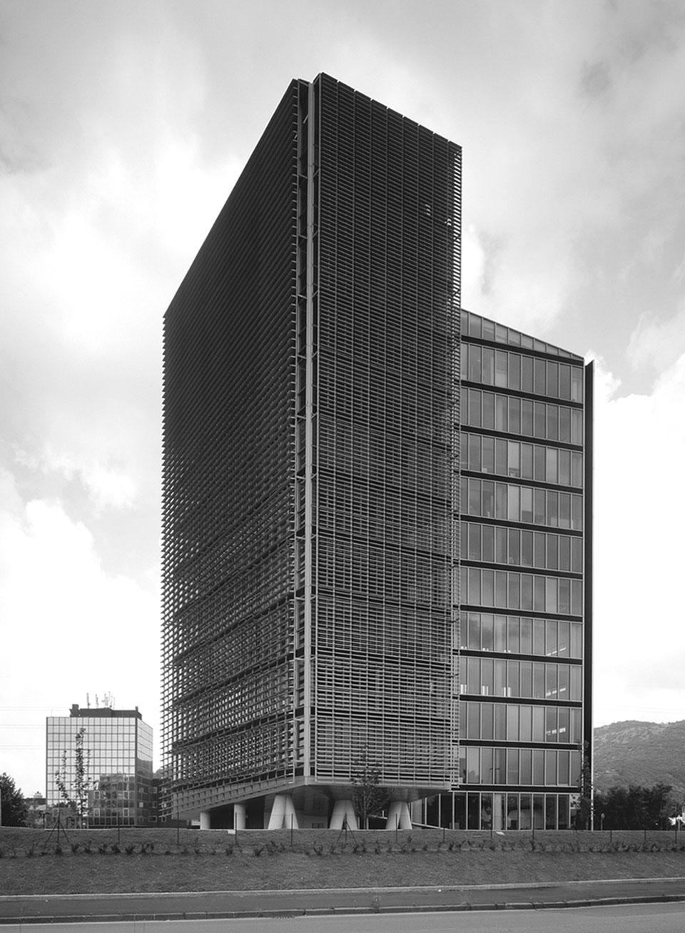 Inarsind_premio_architettura_2010_02-Boschi-Serboli---Edificio-direzionale-Torre-Oberdan_3