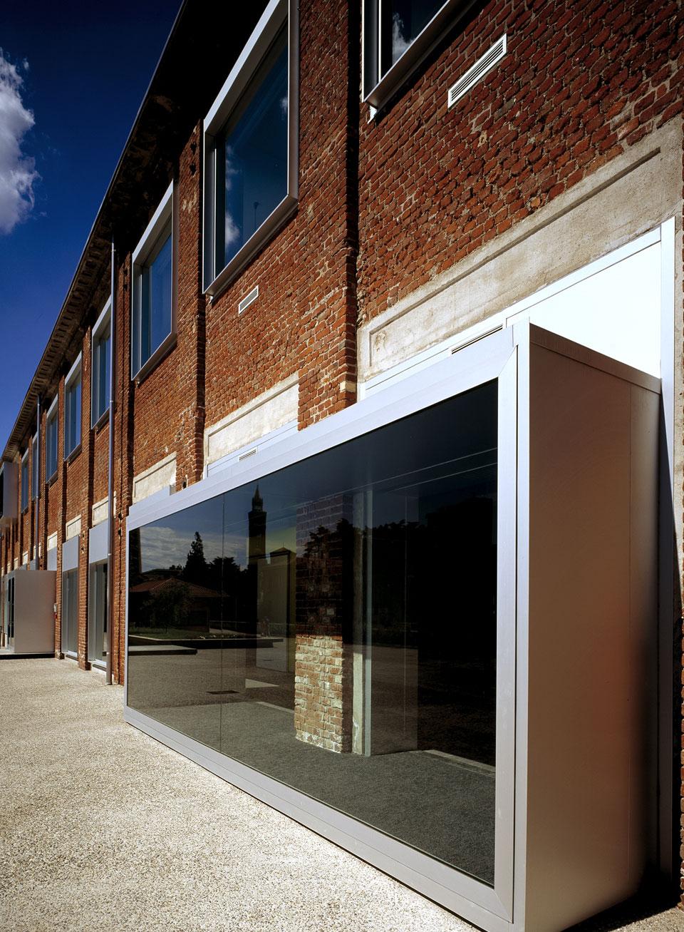Inarsind_premio_architettura_2010_11--Cancellerini---Biblioteca-a-Castellanza