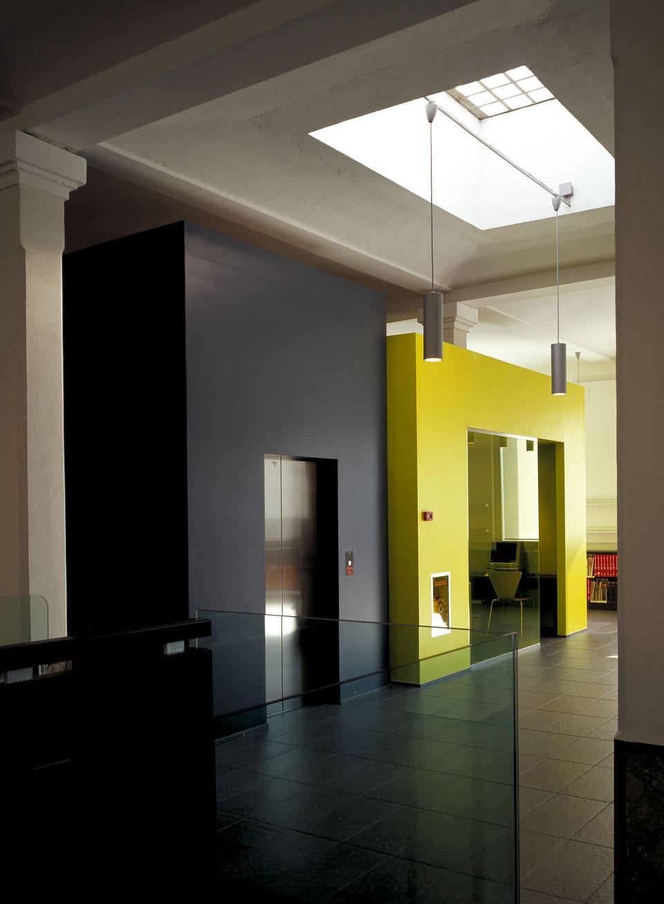 Inarsind_premio_architettura_2010_11--Cancellerini---Biblioteca-a-Castellanza_2